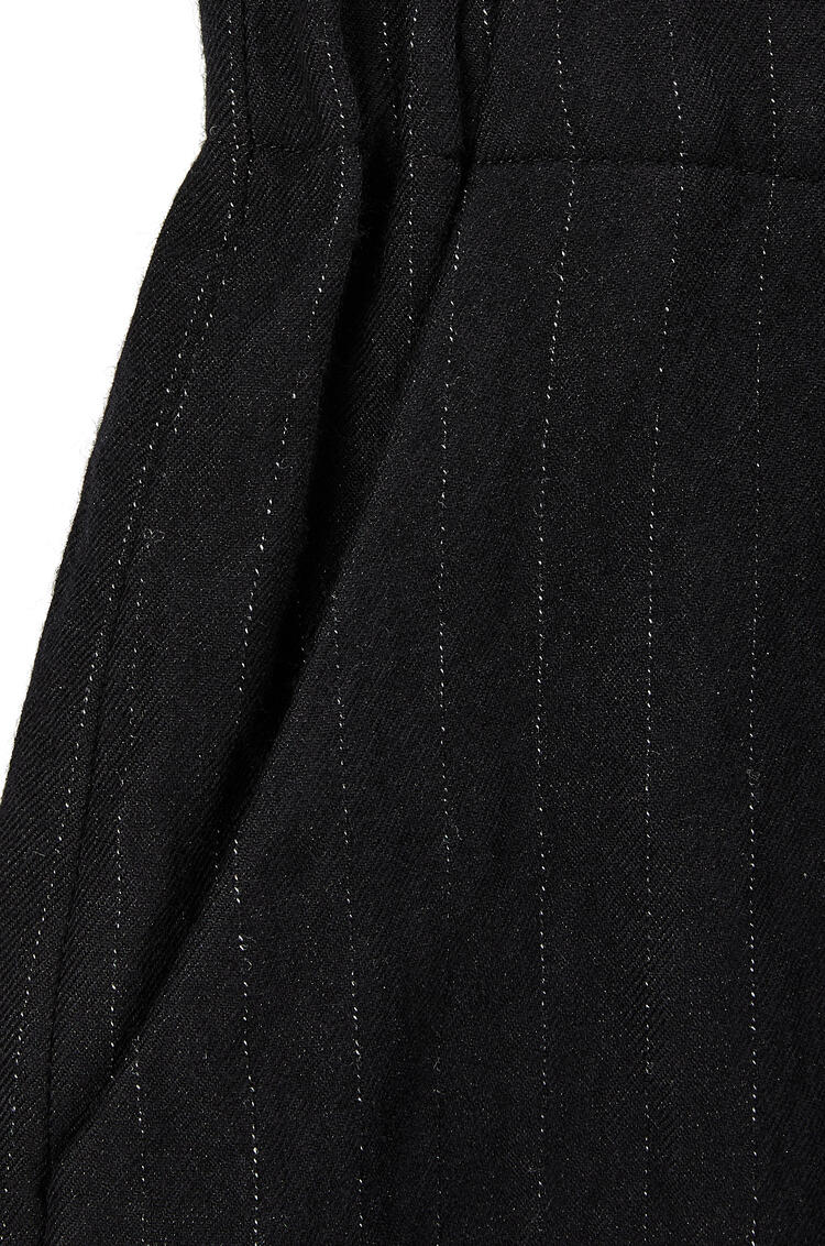 LOEWE Elasticated cropped trousers in wool and cotton Black pdp_rd