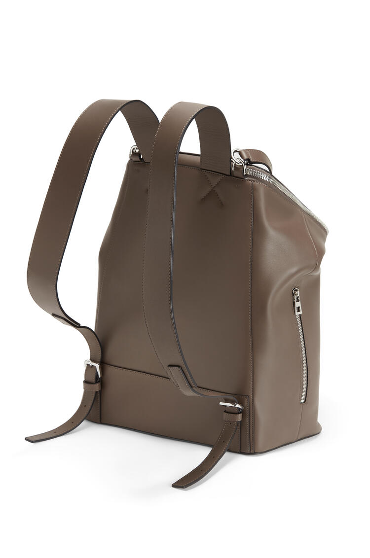 LOEWE Goya Backpack In Natural Calfskin Dark Taupe pdp_rd