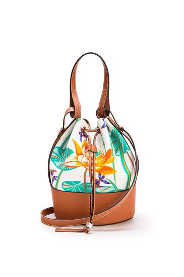 LOEWE Balloon Bag In Waterlily Canvas And Calfskin White/Tan pdp_rd