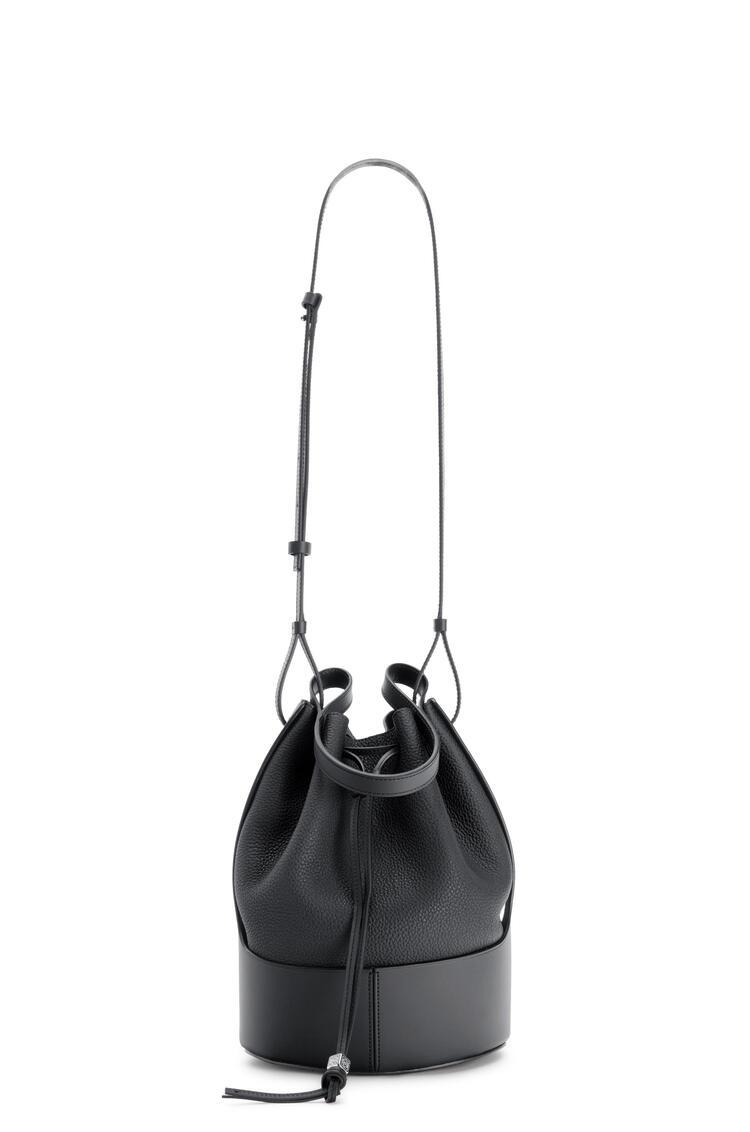 LOEWE Bolso Balloon en piel de ternera con grano Negro pdp_rd