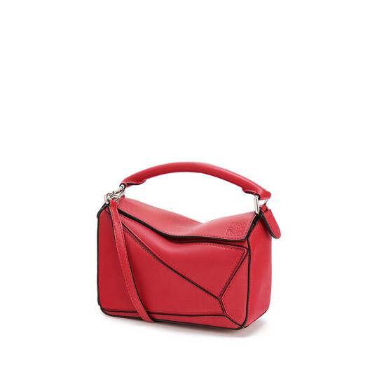 LOEWE Puzzle Mini Bag Pomodoro front