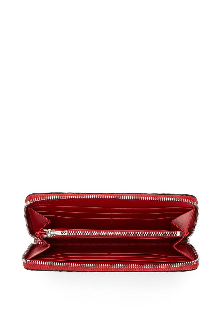 LOEWE Zip around wallet in calfskin Pomodoro pdp_rd