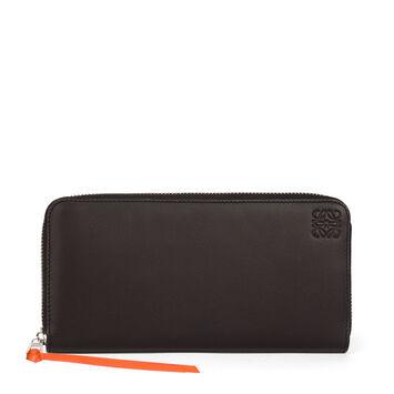 LOEWE Rainbow Zip Around Wallet Multicolor/Black front