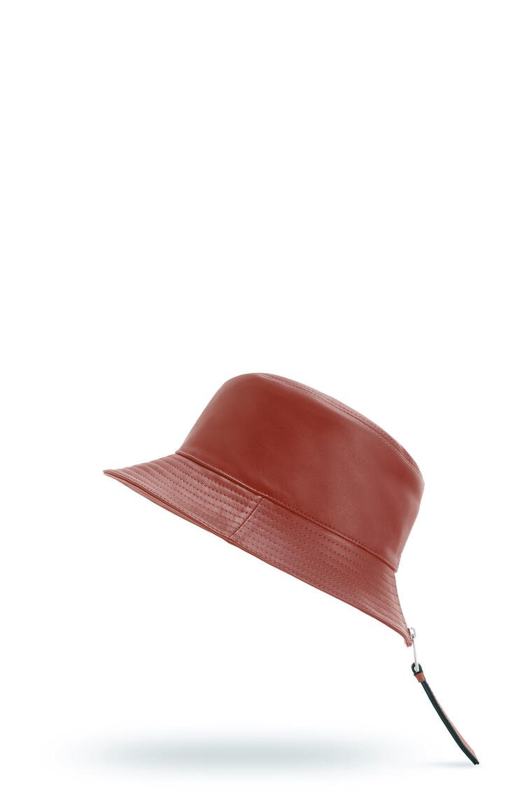 LOEWE フィッシャーマン ハット (ナパ カーフ) Burnt Red pdp_rd