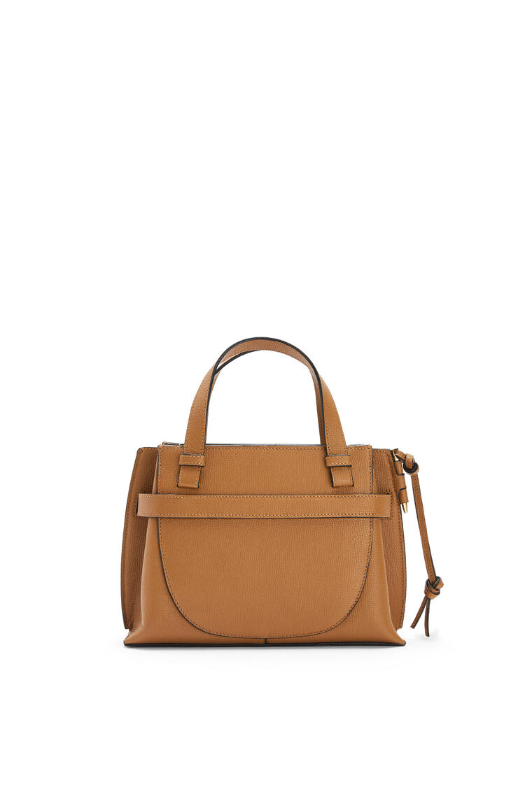 LOEWE Mini Gate top handle bag in pebble grain calfskin Oak pdp_rd