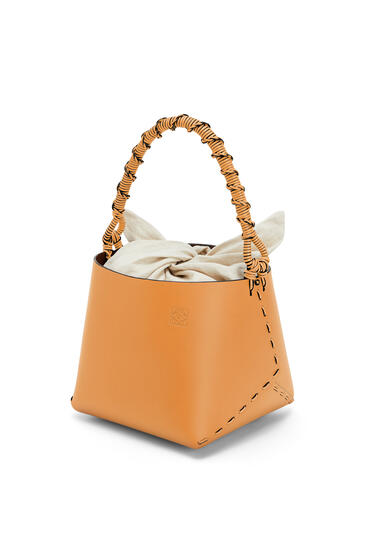 LOEWE Bucket square bag in calfskin Honey pdp_rd