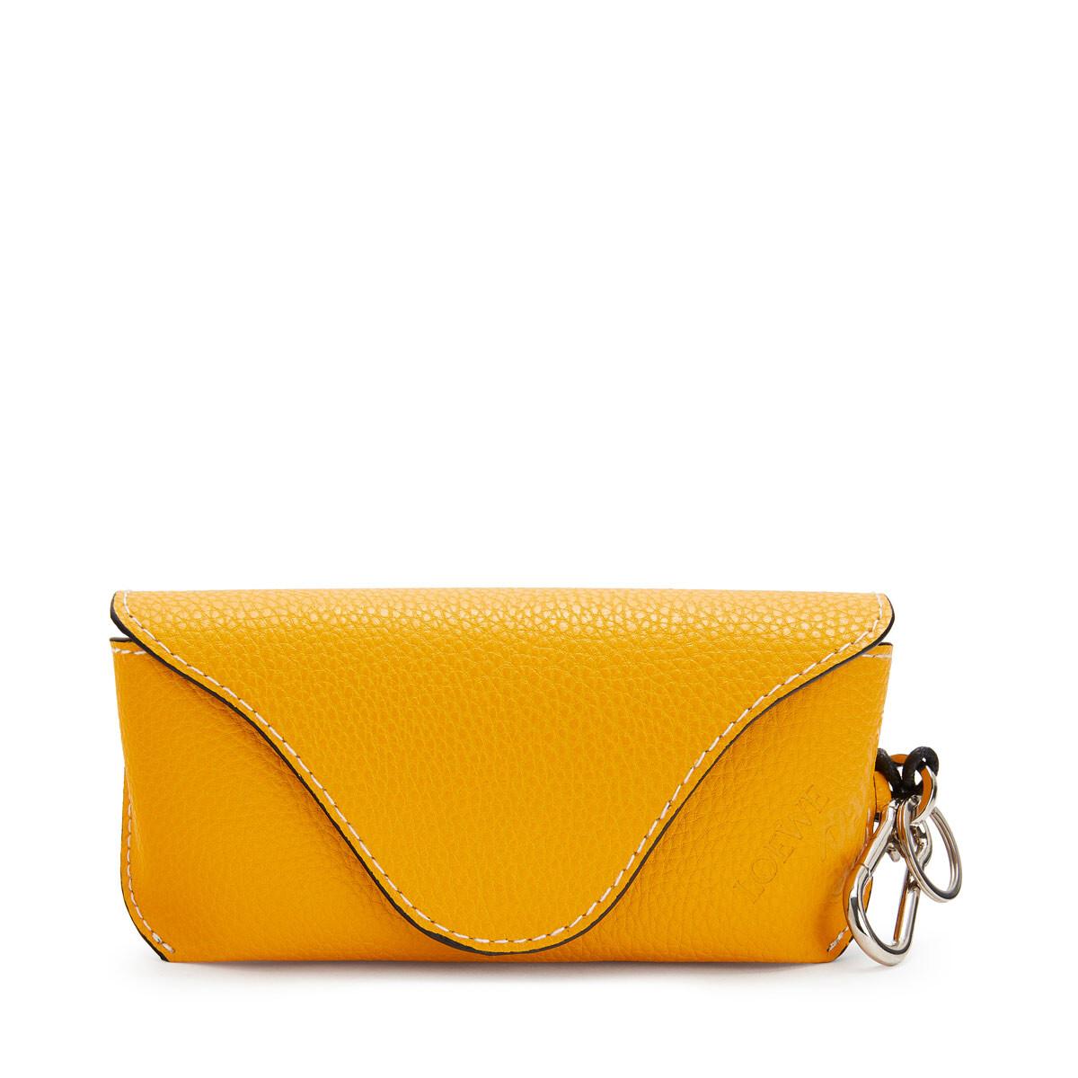 LOEWE Paula Sunglasses Yellow/White front