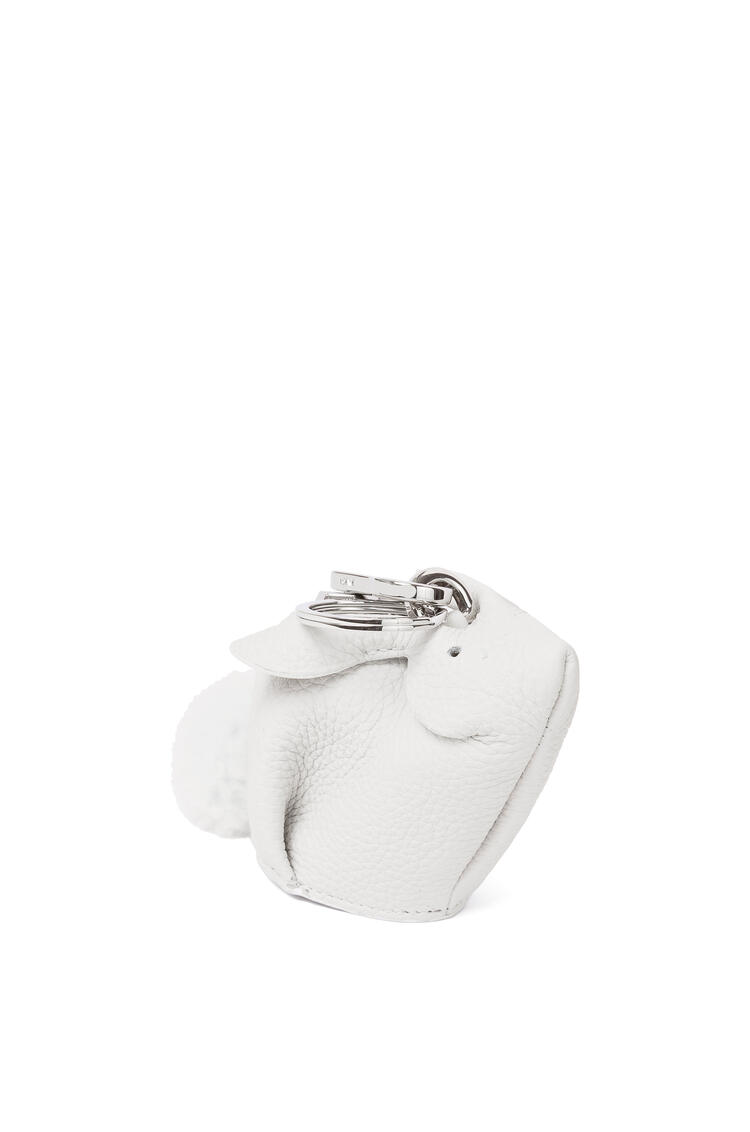 LOEWE Bunny charm in grained calfskin and shearling White pdp_rd