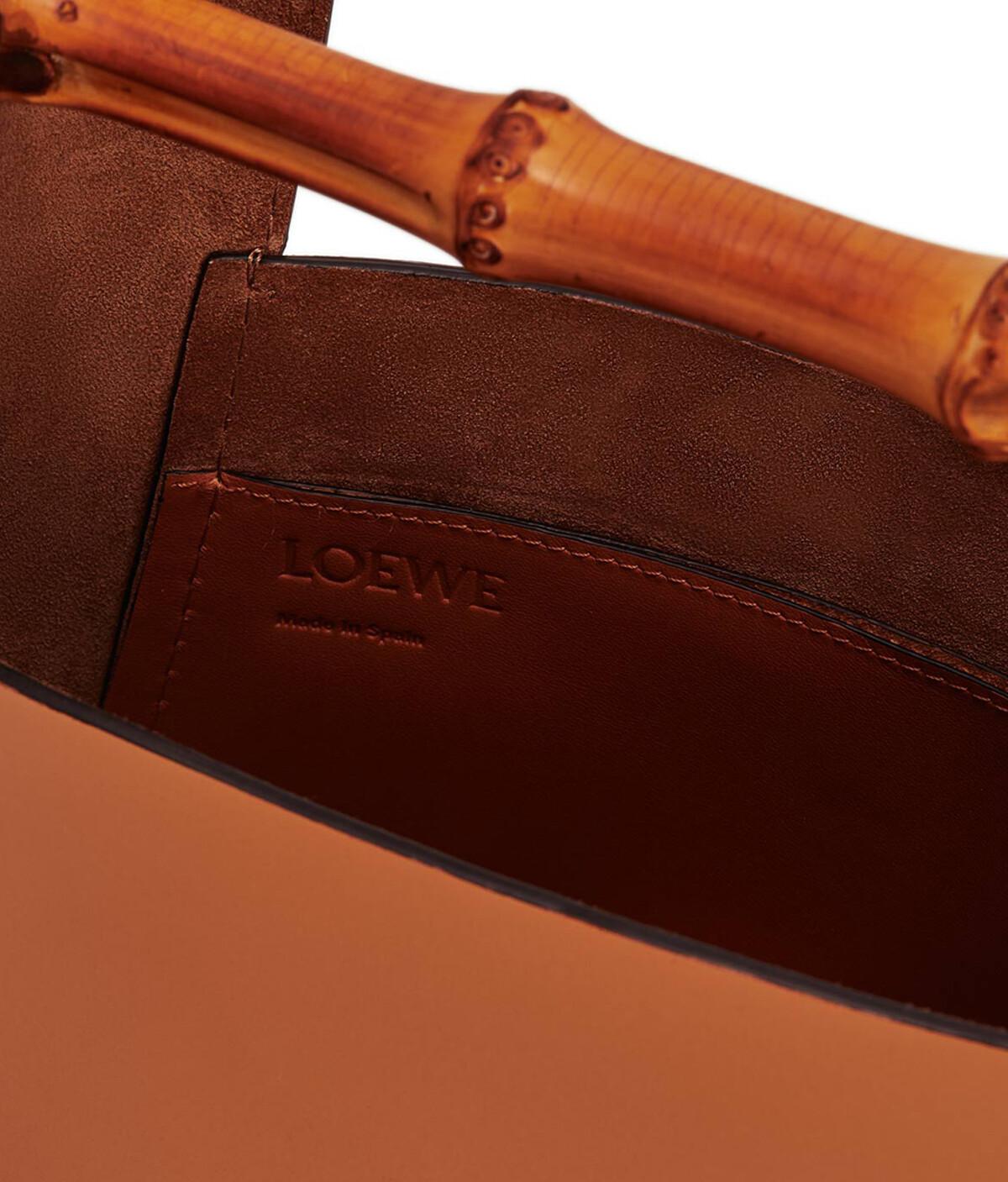 LOEWE Bamboo Bucket Bag Tan front