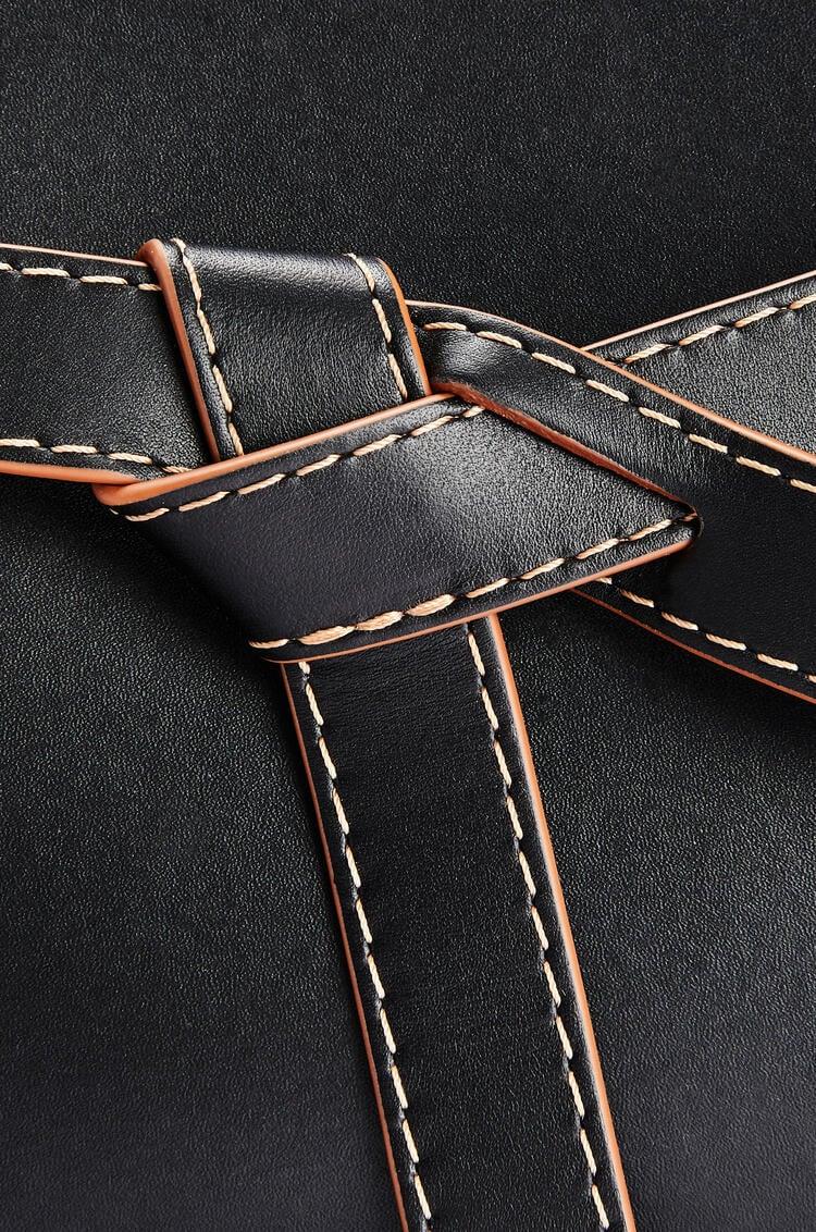 LOEWE 迷你天然牛皮革 Gate 顶部提手手袋 黑色/棕褐色 pdp_rd
