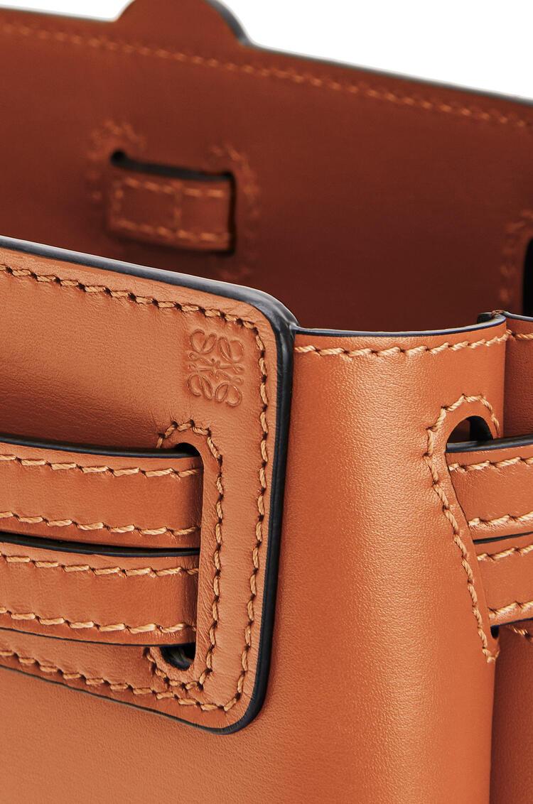 LOEWE Mini Lazo Bag In Bbox Calfskin 棕褐 pdp_rd