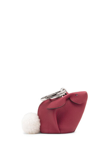 LOEWE Bunny charm in soft grained calfskin 覆盆子 pdp_rd