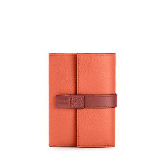 LOEWE Small Vertical Wallet Coral/Soft Apricot front