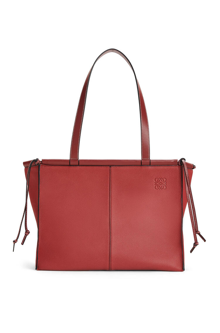 LOEWE Cushion Tote bag in soft grained calfskin Garnet pdp_rd