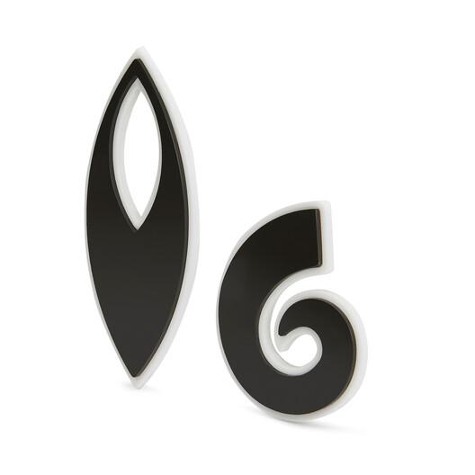 LOEWE Paula Leaf Earrings Black front