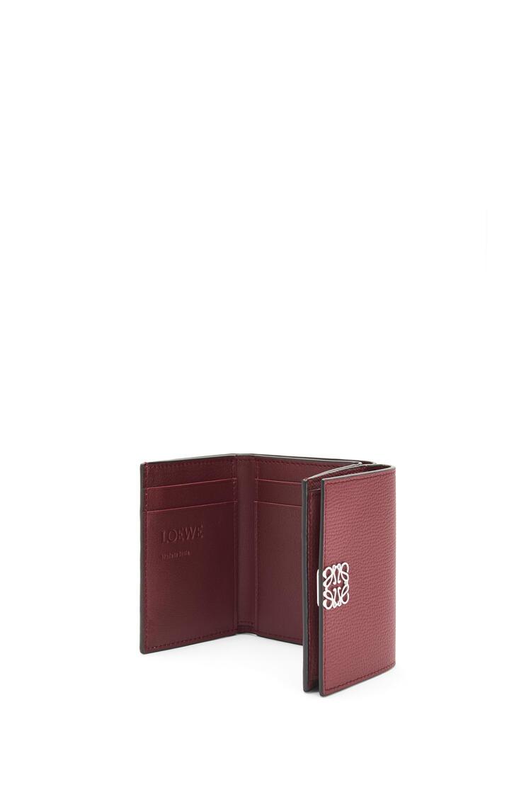 LOEWE Anagram trifold 6 cc wallet in pebble grain calfskin Berry pdp_rd