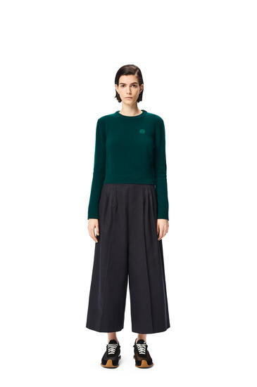 LOEWE Anagram embroidered cropped sweater in wool Olive Green pdp_rd