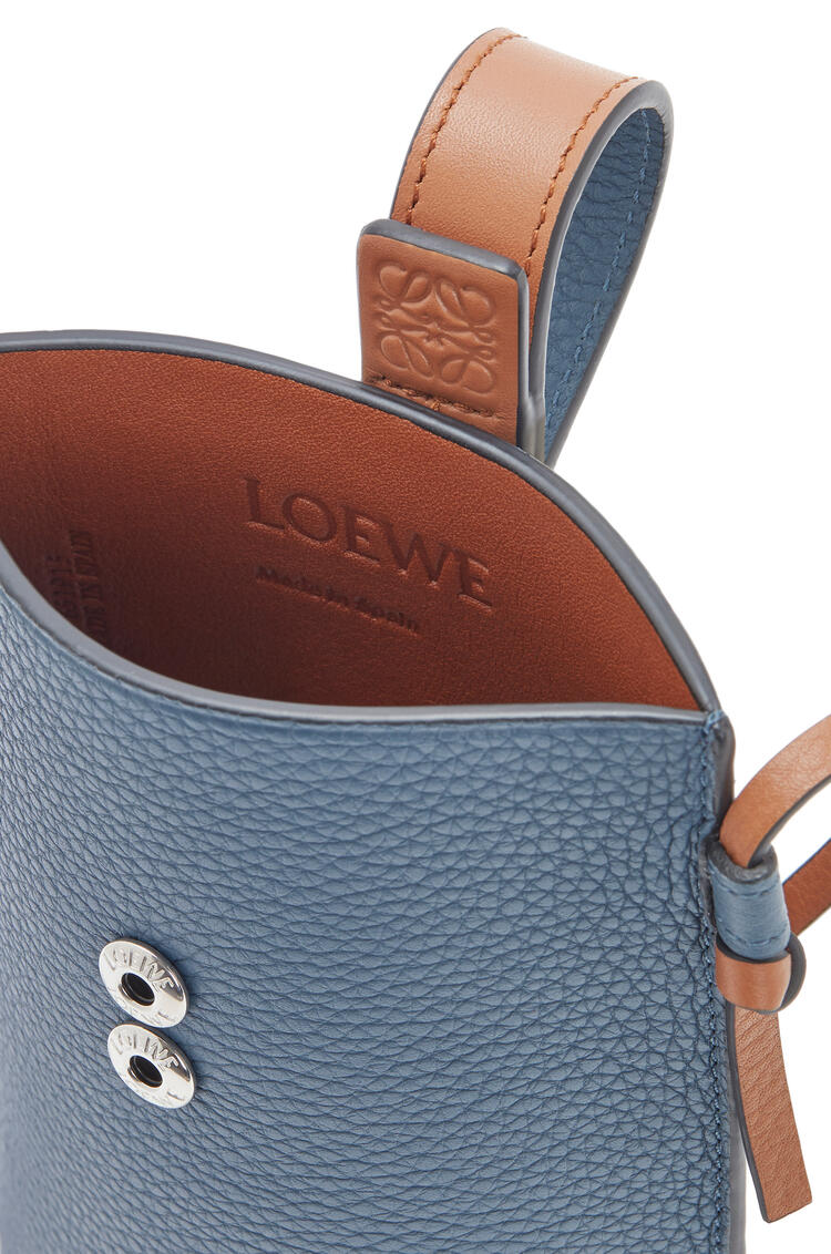 LOEWE Pocket In Soft Grained Calfskin Steel Blue/Tan pdp_rd