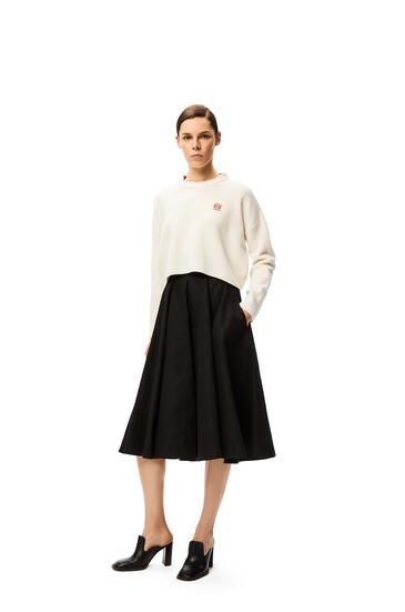 LOEWE Falda acampanada de talle alto en algodón y lino Negro pdp_rd