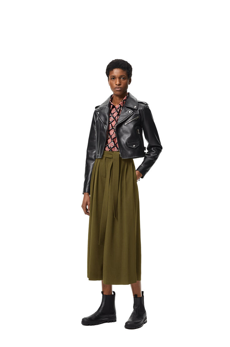 LOEWE Cropped belted trousers in cotton and linen Khaki Green pdp_rd