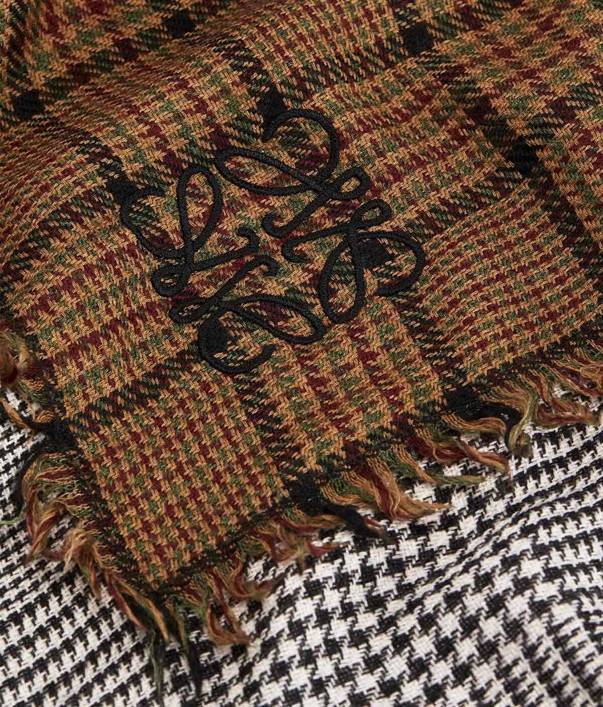 LOEWE 180X220 Double Scarf Patchwork Caramelo/Gris front