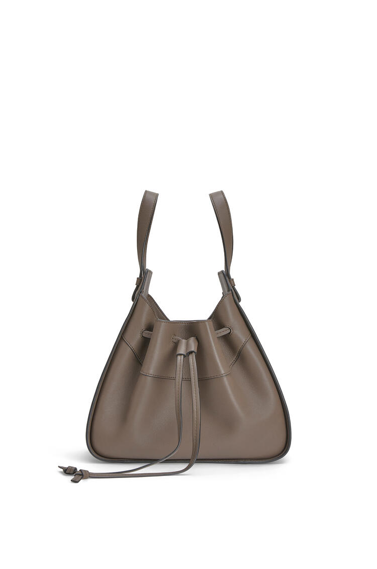 LOEWE Small Hammock Drawstring bag in nappa calfskin Dark Taupe pdp_rd
