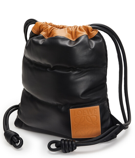 LOEWE Yago Puffy Backpack 黑色 front