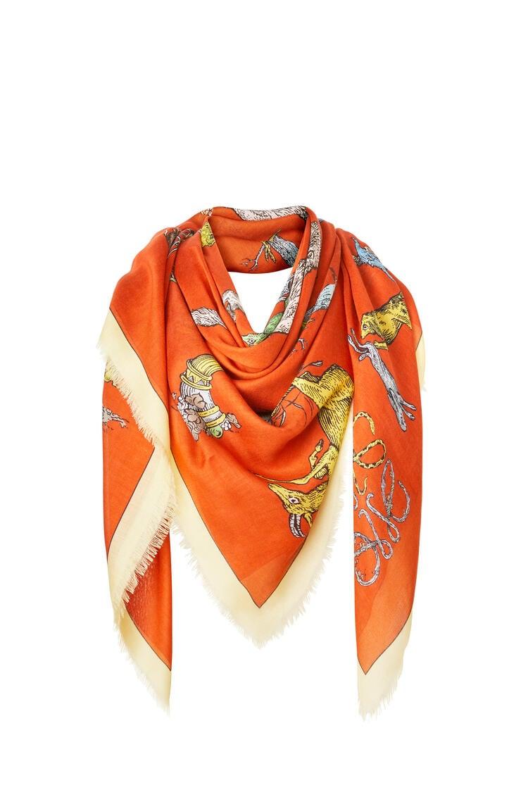 LOEWE Bufanda de 140 x 140 cm en cashmere y modal con letras Naranja/Multicolor pdp_rd