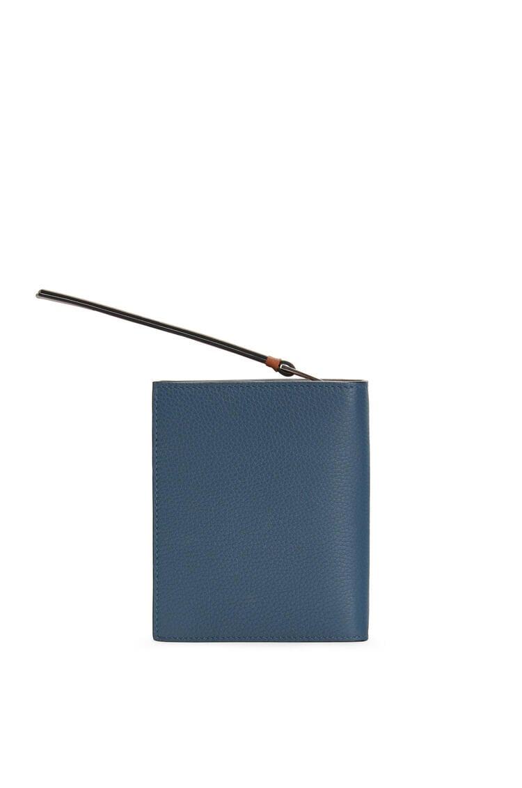 LOEWE 柔软粒面小牛皮紧凑拉链钱包 Steel Blue/Tan pdp_rd