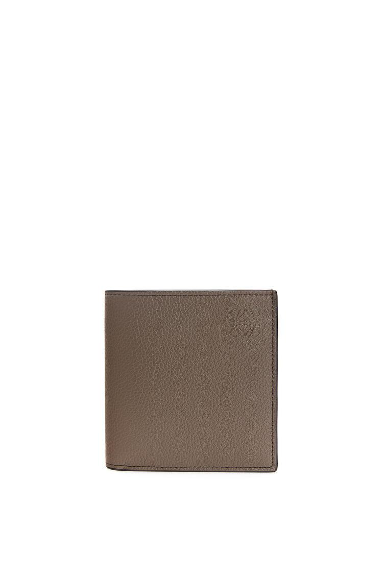 LOEWE Vertical Bifold wallet in grained calfskin Dark Moss pdp_rd