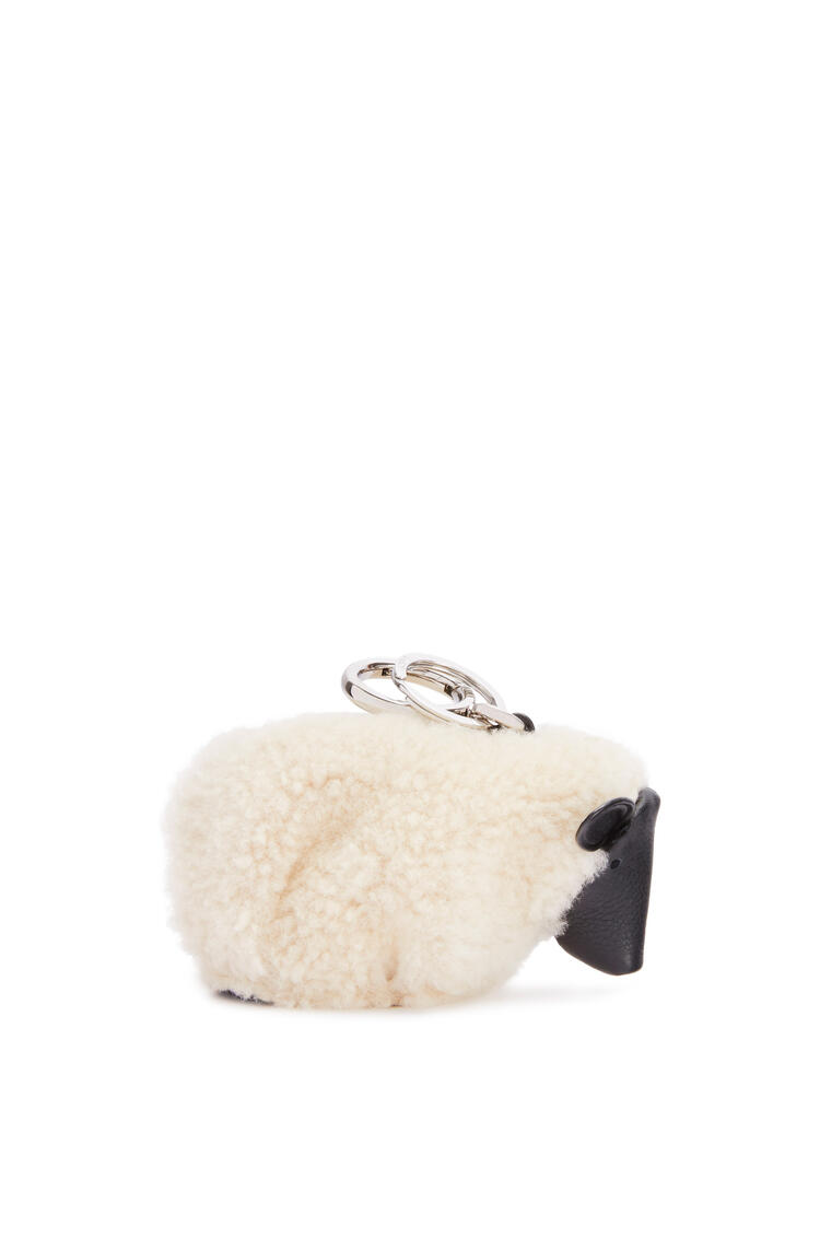 LOEWE Charm Sheep en lana de oveja y piel de ternera Blanco Suave/Negro pdp_rd