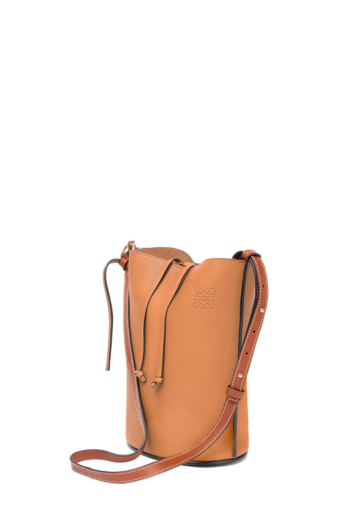 LOEWE Gate Bucket Bag Light Caramel/Pecan Color  front