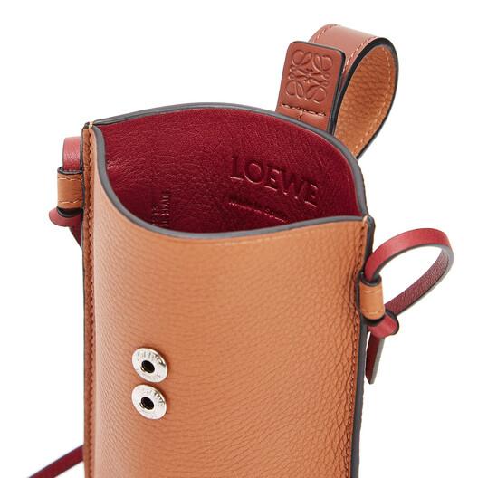 LOEWE Pocket ライトキャラメル/ピーカンカラー front
