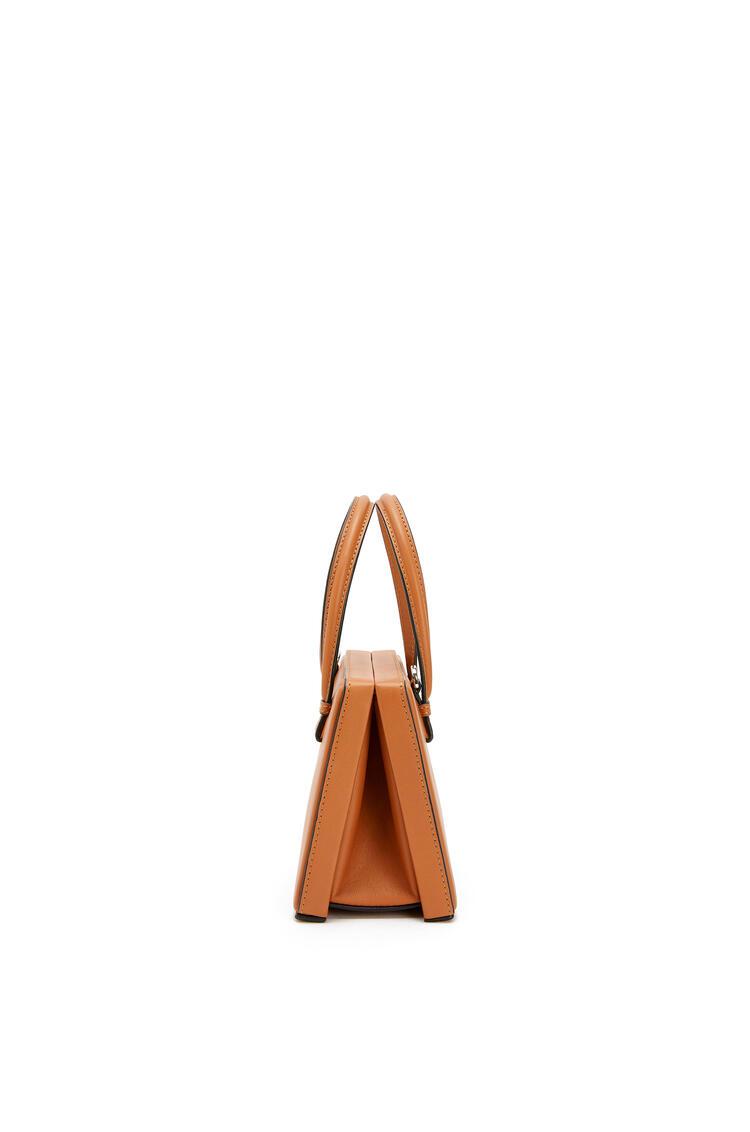 LOEWE Small Postal bag in natural calfskin Tan pdp_rd