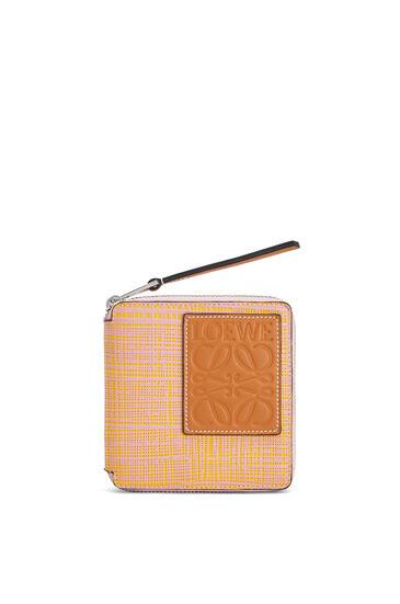 LOEWE 纹理小牛皮方形拉链钱包 Yellow/Pink pdp_rd