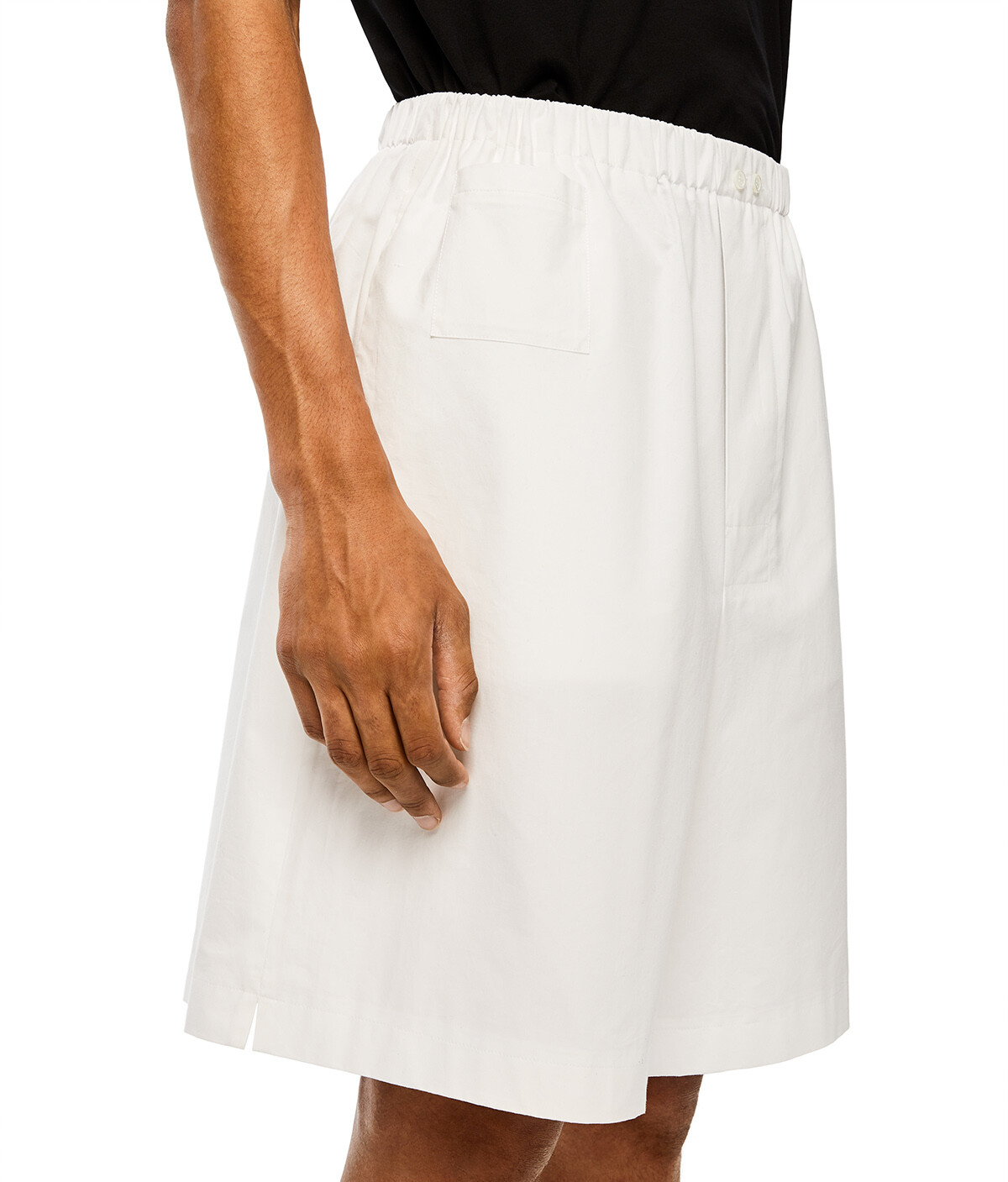 LOEWE Shorts ホワイト front