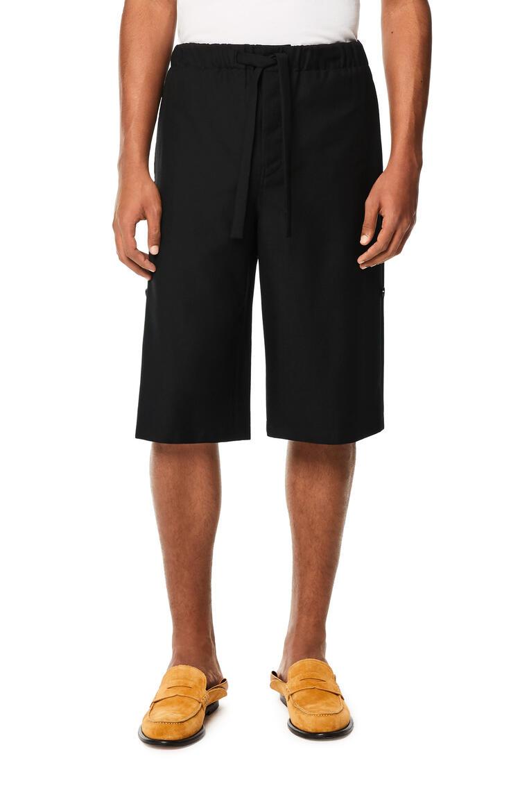 LOEWE Shorts de traje en lana Negro pdp_rd