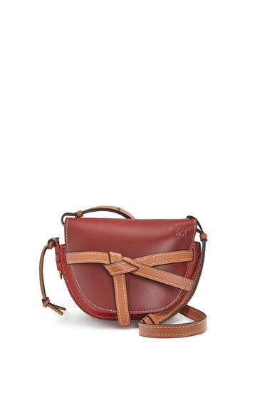 LOEWE Small Gate bag in soft calfskin Garnet/Pomodoro pdp_rd