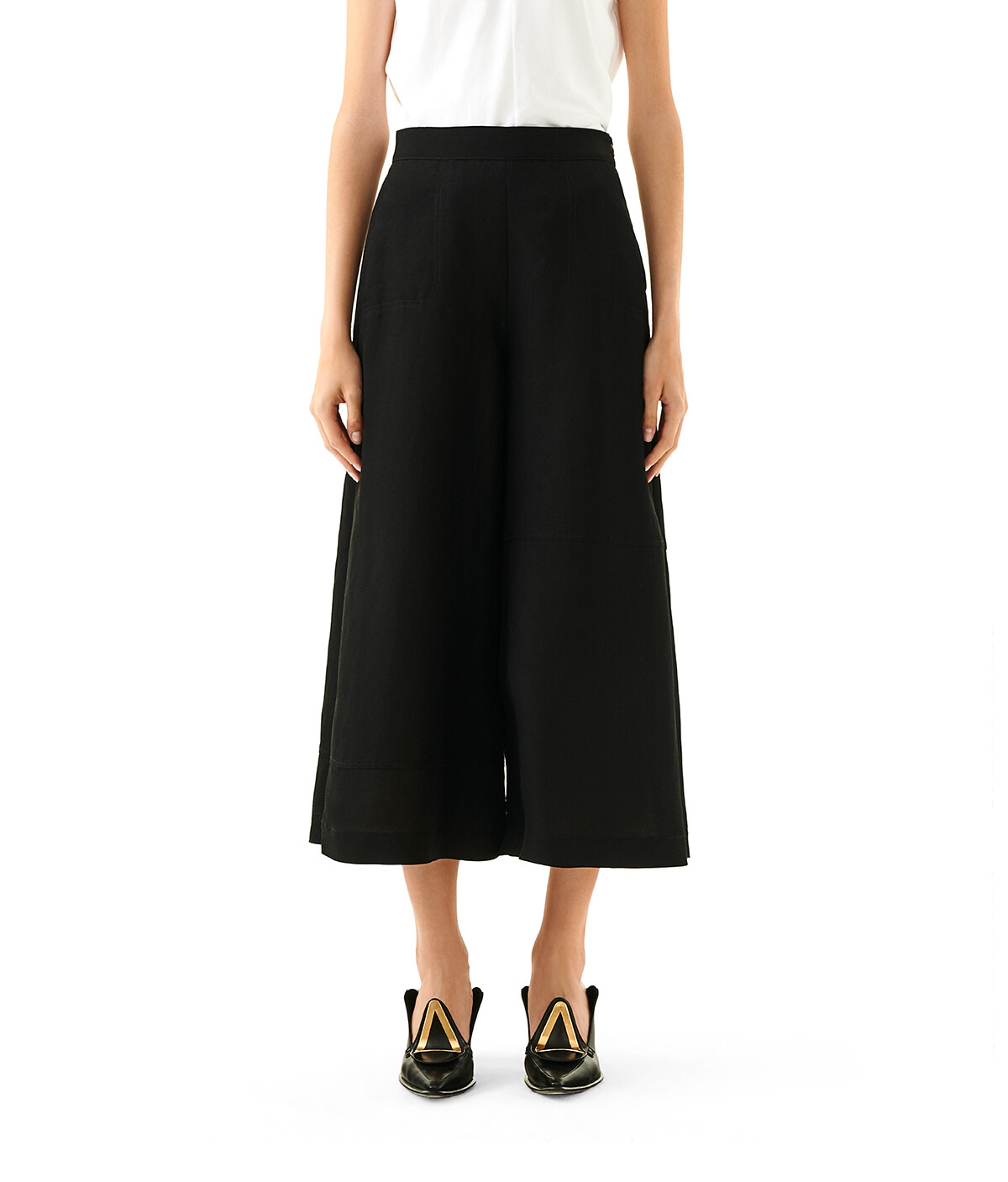 LOEWE Culotte Trousers Black/White front