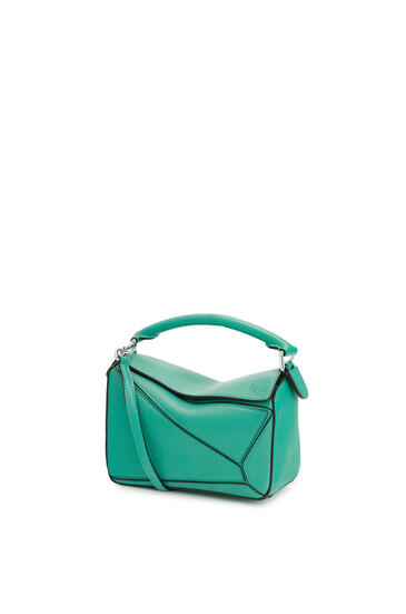 LOEWE Mini Puzzle bag in classic calfskin Emerald Green pdp_rd