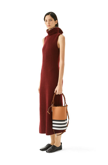 LOEWE Slvless Knit Dress Pearls Burdeos front