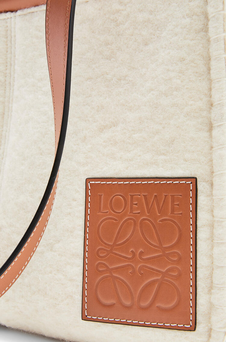 LOEWE Small Cushion Tote in felt and calfskin Natural/Tan pdp_rd