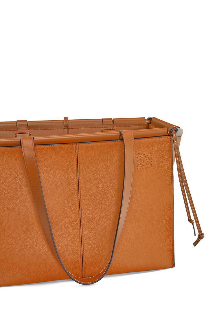 LOEWE Cushion Tote bag in soft grained calfskin Light Caramel pdp_rd