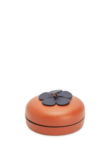 LOEWE Flower Box In Calfskin Tan/Blue pdp_rd