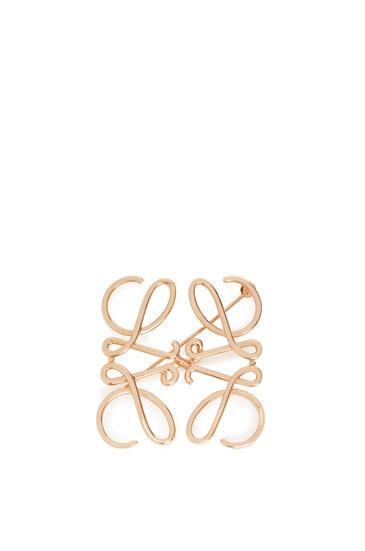 LOEWE Anagram brooch in metal Rose Gold pdp_rd