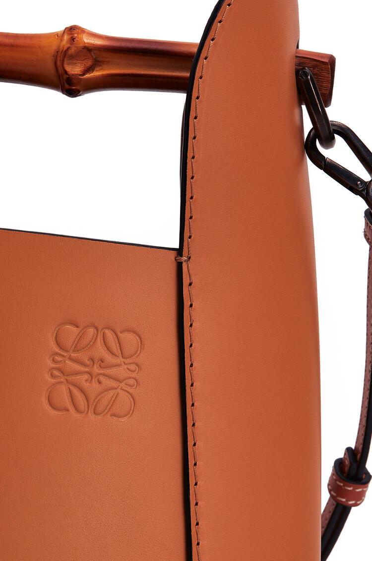 LOEWE Bamboo bucket bag in calfskin Tan pdp_rd