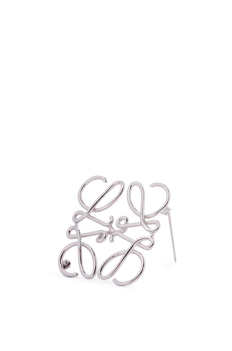 LOEWE Anagram brooch in metal Palladium pdp_rd