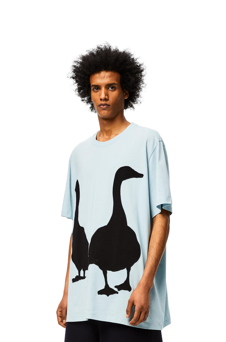 LOEWE Camiseta oversize en algodón con motivo de ganso Azul Bebe pdp_rd