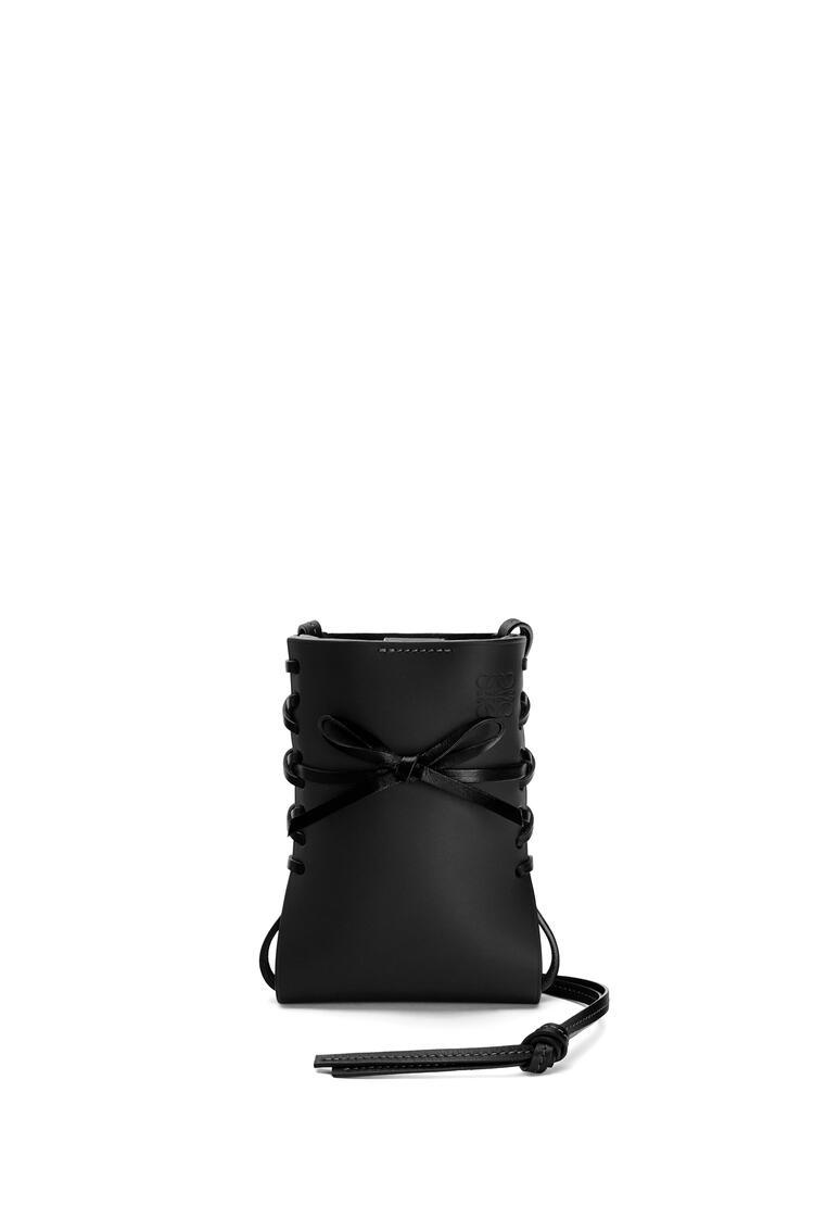 LOEWE Ikebana phone pocket in calfskin Black pdp_rd