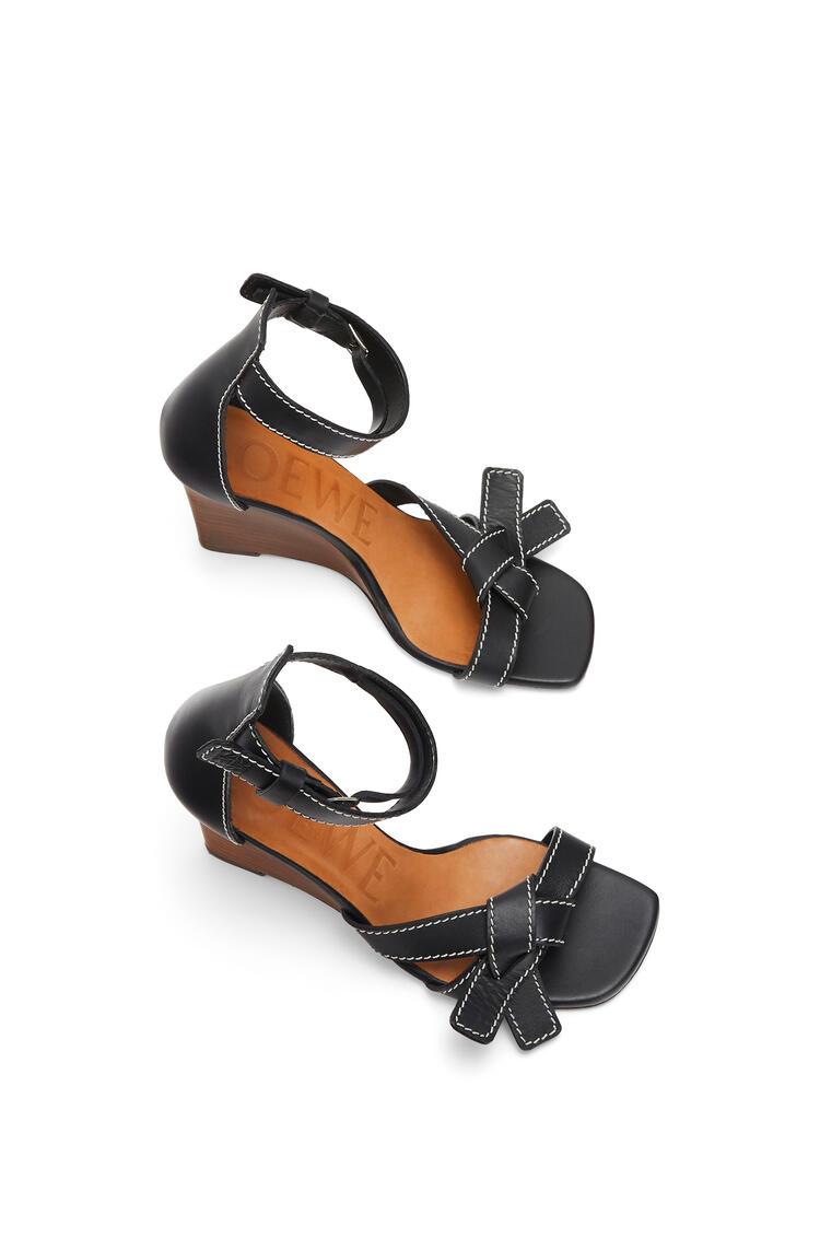 LOEWE Gate wedge sandal in calfskin Black pdp_rd